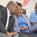 Helping schools develop … Thabo Mofutsanyana district executive mayor Malefu Vilakazi (middle) chats to her Dihlabeng municipality counterpart Tjhetane Mofokeng (left) and her personal assistant Thabo Mokoena at Ntsu Secondary School